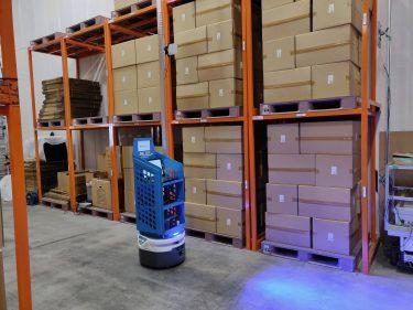 RFIDで在庫・物品管理!?RFID x ロボットで棚卸しを無人化!