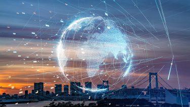 「ICT」と「IoT」の違いを徹底解説!総務省が推奨するICT・IoT8分野の活用事例とは?